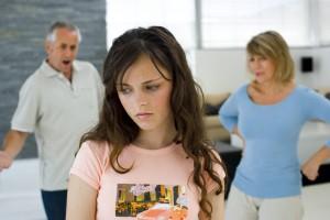 Как быть, если ребенок оказался свидетелем при ссоре родителей?
