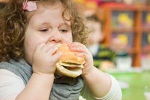Как справиться с лишним весом у детей