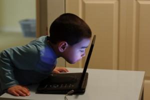 Отвлекаем ребенка от компьютера