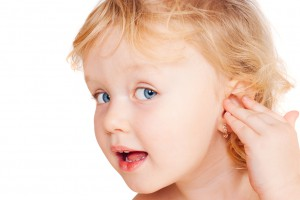 Маленькие сережки в маленьких ушках