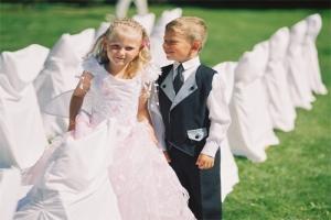 Как одеть ребенка на свадьбу