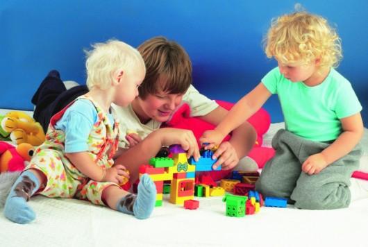 Игрушки для детей, от самых маленьких, до больших