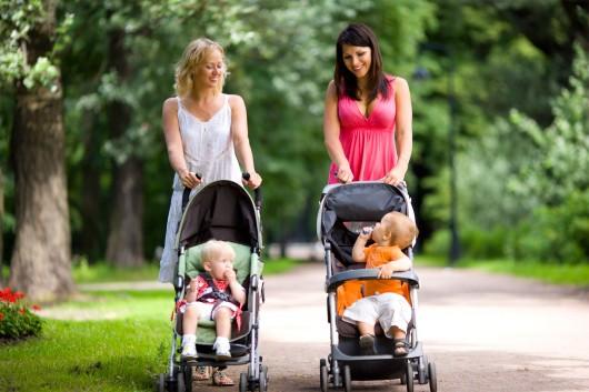 выбираем первую коляску для ребенка